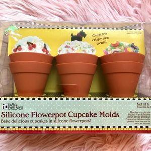Mary Englebreit Flower Pot Cupcake Molds